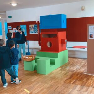 MyMachine Portugal delivers a first (in this school year) finished Working Prototype to the primary school